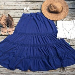 Notations}• navy lace trimmed midi skirt